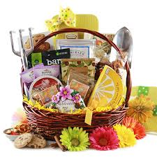 gardening gift basket gardening gift baskets i dig gardening gardening gift basket diygb