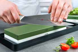 Where To Get Kitchen Knives Sharpened To Ensure That Knives Also Stay Sharp