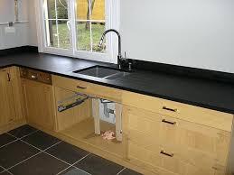 plan de travail cuisine granit noir prix plan de travail granit noir cuisine avec plan de travail en