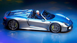 Porsche 918 Blue - frankfurt motor show the record breaking porsche 918 spyder has