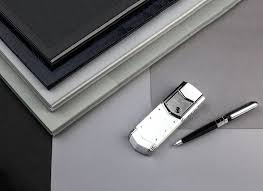 Signature by Signature Mobile Phone Collections Vertu
