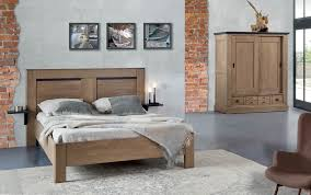 chambre à coucher en chêne massif chambre à coucher et sejour en chêne massif couleurs du