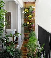 arredamento balconi un balcone primaverile bellissimo come organizzarlo al meglio con