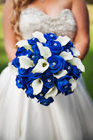 blue wedding bouquets strapless sweetheart ivory bridal wedding gown with