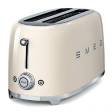 smeg 50s style 4 slice toaster 50s style kitchen kitchen galley