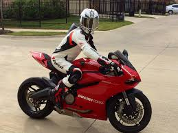 motorcycle in boots boots opinions please ducati 899 panigale forum
