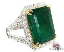 green stone rings images 916 jewellery rings emeral green stone gold rings jpg