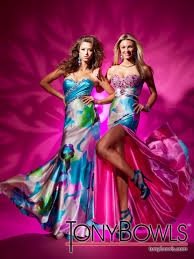 prom dresses at peaches boutique totally gaga for tony bowls le