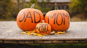 get inspired by these 8 fall themed pregnancy announcements when