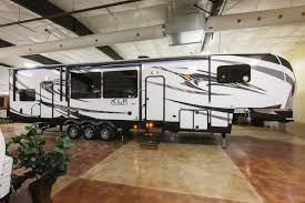 xlr thunderbolt 380amp 5th wheel toy hauler at cheyenne camping