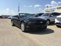 2014 ford mustang premium convertible used 2014 ford mustang premium convertible 2 door car in winnipeg