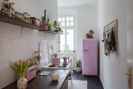 what size should a kitchen be to an island small or large tiles which should you choose because size