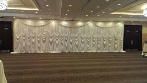 wedding backdrop chagne top 5 ways to compliment your wedding decor in chicago