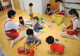 Responsibilities Of A Daycare Teacher Maternity Leave Day Care Still Elude Many Working Mothers The