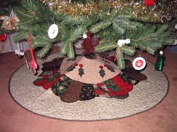 finished christmas tree skirt bunks u0027 blog