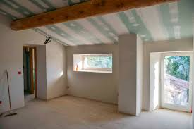 revetement plafond chambre chambre en enduit de plâtre isolation revetement plafond pose