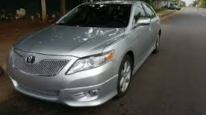 toyota lexus 2004 super clean toyota camry se 2009 with dvd reverse cam for just n2