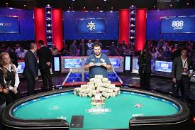 2017 world series of poker final table new jersey s scott blumstein captures wsop main event las vegas