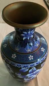 chinese cloisonne enamel black ground with white and blue flower