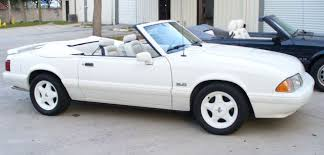 white ford mustang convertible 1993 ford mustang white mustang 5 0 lx feature car convertible for