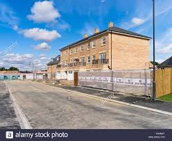 build on site homes dh redrow homes uk new houses uk building site flats homes under