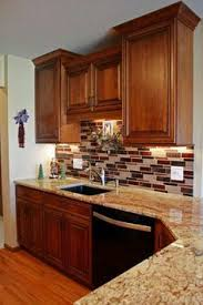 Cherry Glaze Cabinets Warm Brown Kitchen Cabinets In Maple Featuring Cocoa Glaze Finish