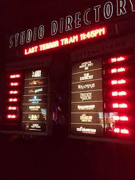 halloween horror nights wait times universal studios hollywood halloween horror nights und der ganz