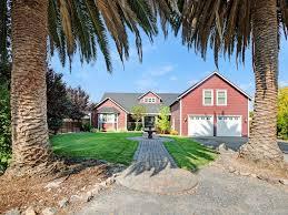 modern sonoma farmhouse 1 mile from son vrbo