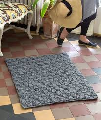 How To Crochet A Rug Out Of Yarn Best 25 Crochet Rugs Ideas On Pinterest Crochet Rug Patterns