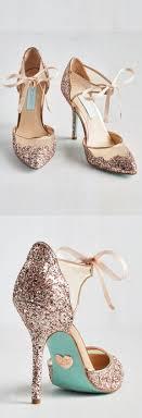 wedding shoes gold color 40 gold metallic wedding color ideas gold wedding