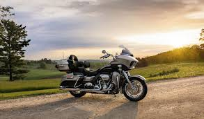 2017 harley davidson road glide ultra review
