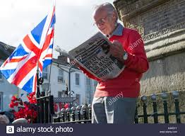 Red Flag Newspaper Old Man With England Flag Stock Photos U0026 Old Man With England Flag