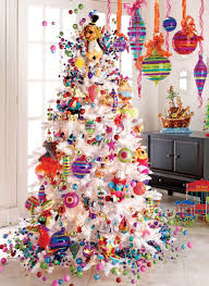 menagerie tree decorating theme a colorful