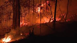 firefighters working thanksgiving on 72 tennessee wildfires