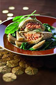 comment cuisiner du saumon surgelé recette pavés de saumon en croûte de sel