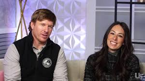 fixer upper u0027s chip u0026 joanna gaines play the newlywed game us