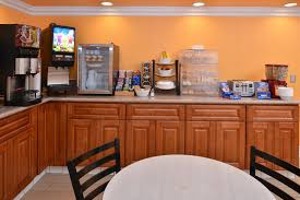 Comfort Suites Blythe M Star Inn And Suites Blythe Ca Booking Com