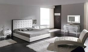 idée déco chambre à coucher deco chambre a coucher blanche mobilier décoration