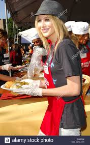 pratt 5th annual thanksgiving meal for the homeless
