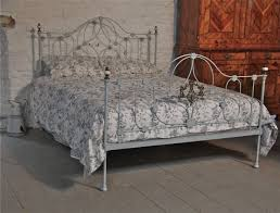 very pretty early victorian king size iron bed 217318