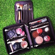 traveling makeup artist 47 best makeup organization images on make up makeup