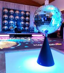 Disco Party Centerpieces Ideas by 23 Best U002770s Decor Images On Pinterest 70s Decor Disco Party