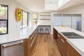 du bruit dans la cuisine lazare cuisine du bruit dans la cuisine lazare avec orange couleur