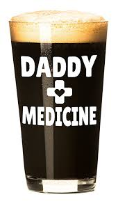 amazon com daddy medicine funny beer glass for dads father u0027s