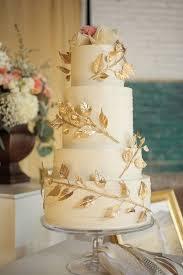 wedding cake gold gorgeous wedding cakes with gold details modwedding
