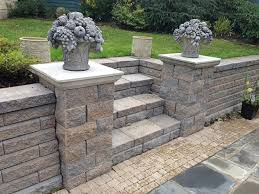 Backyard Retaining Wall Ideas Backyard Retaining Wall Designs Best 25 Retaining Walls Ideas On