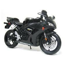 honda cbr motorbike amazon com maisto die cast model motorcycle honda cbr 1000rr