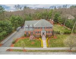 2 erin way middleton ma colonial for sale 1 149 000