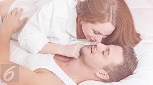 4 jenis pelumas yang bikin pertempuran di ranjang terasa lebih