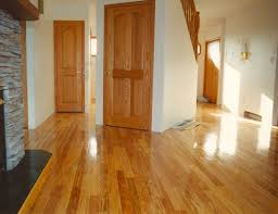 Laminate Flooring Vs Engineered Wood Flooring Advantages Of Hardwood Floorings Over Engineered Wood